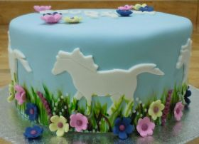horse-birthday-cakes-best-25-horse-cake-ideas-on-pinterest-sister-birthday-cake-dessert-1